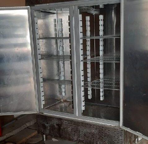 endüstriyel dik buzdolabı dik tip modeli 2 kapılı
